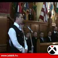 A Jobbik frakció a Szent Korona előtt is letette esküjét
