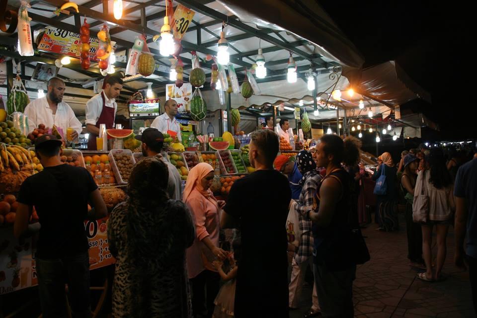 Marrakech világhíres főtere a Jamaa el Fna