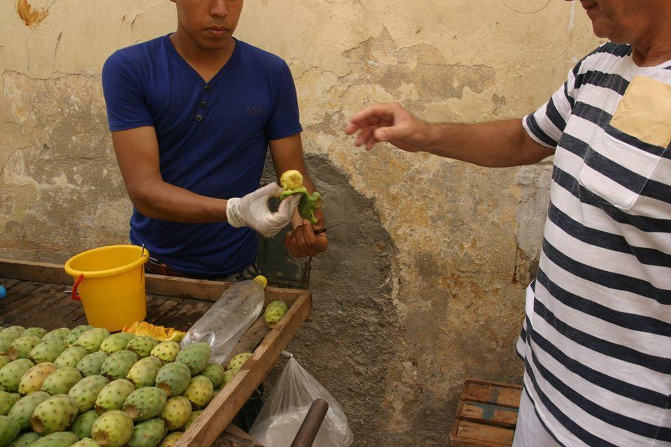 frissen árult gyümölcsök