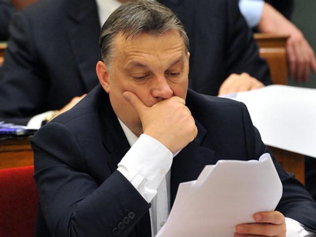 Azonnali hatályú felmondás Orbán Viktornak