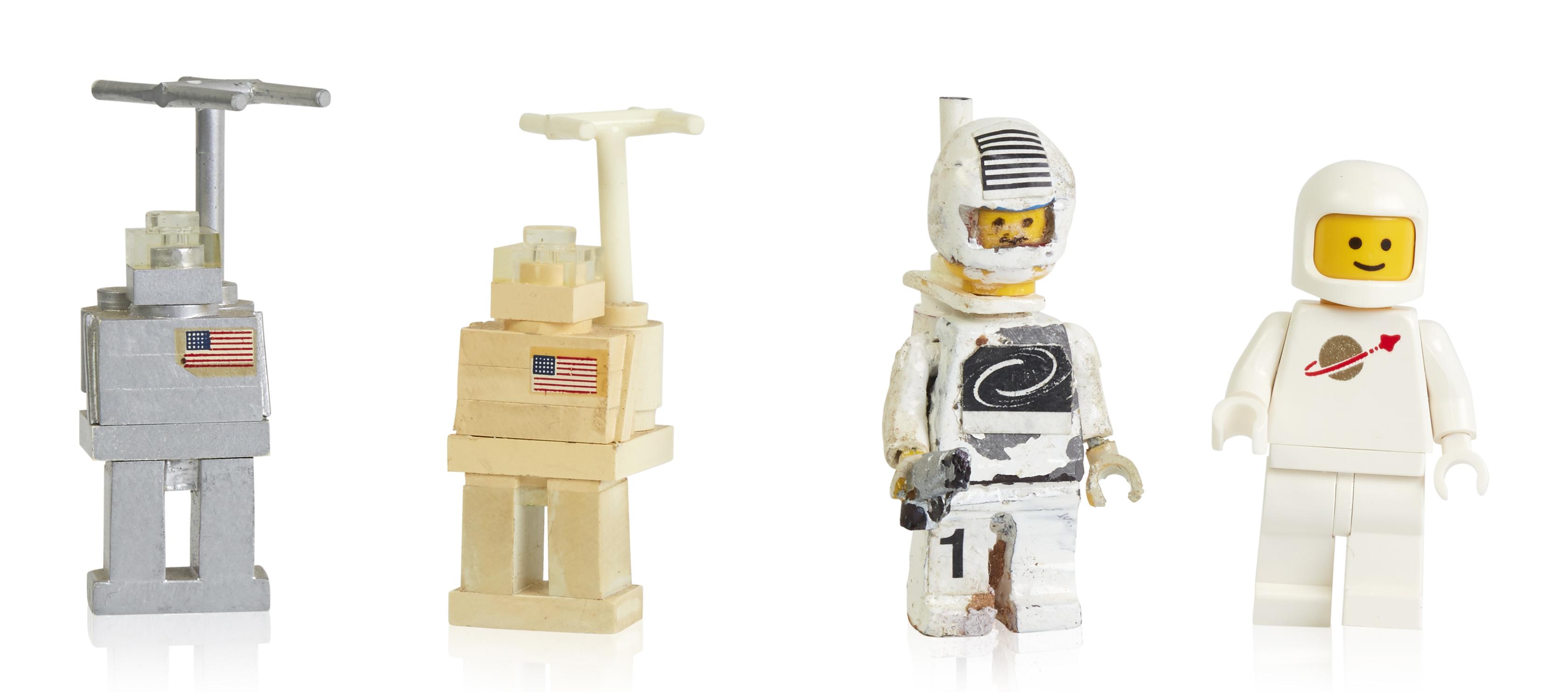 early-prototypes-and-first-space-minifigure.jpg