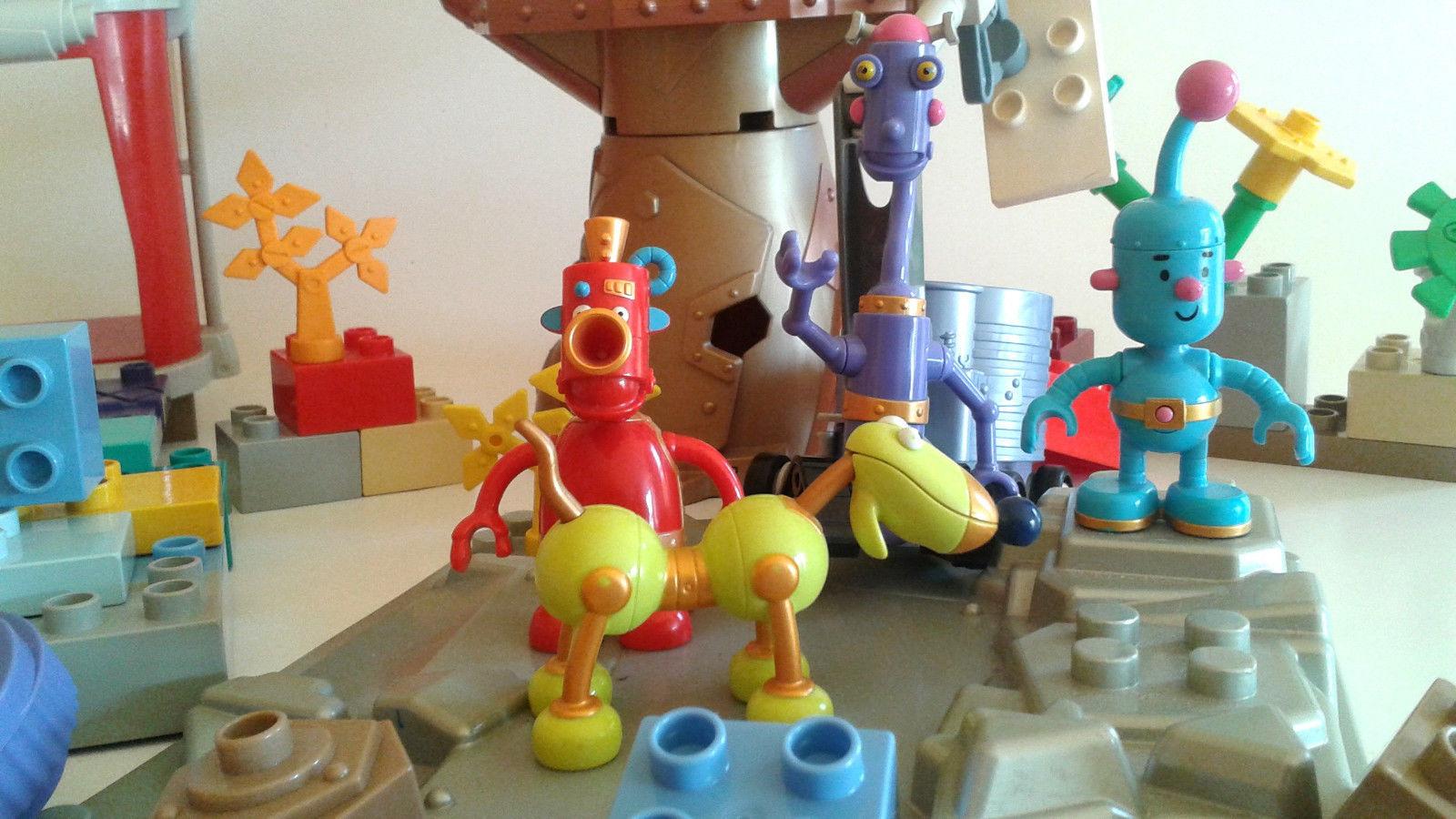 littlerobots1.jpg