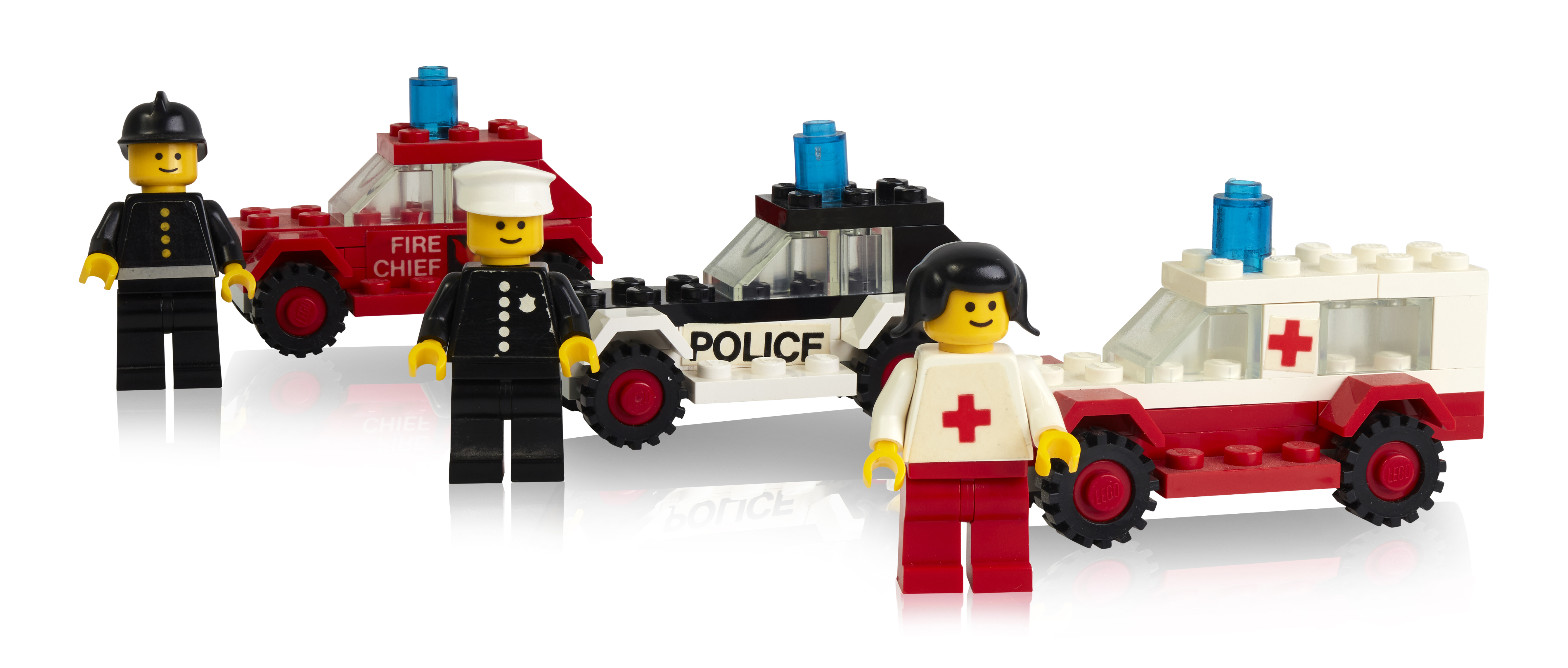 some-of-the-first-minifigures-launched-in-1978-with-transportation.jpg