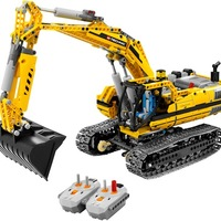 Triplán: 8043 Motorized Excavator