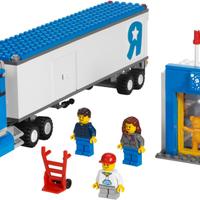 Olvasó játszik: 7848 Toys 'R' Us City Truck