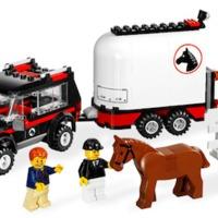 Olvasó játszik: 7635 4WD with Horse Trailer