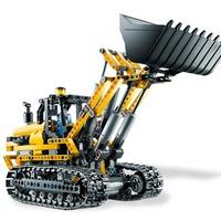 Így készült: 8043 Motorized Excavator (interjú - 2. rész)