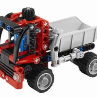 Olvasó játszik: 8065 Mini Container Truck