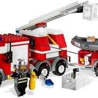 Olvasó játszik: 7239 Fire Truck