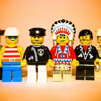 Melegházasság Dániában? A LEGO a hibás!