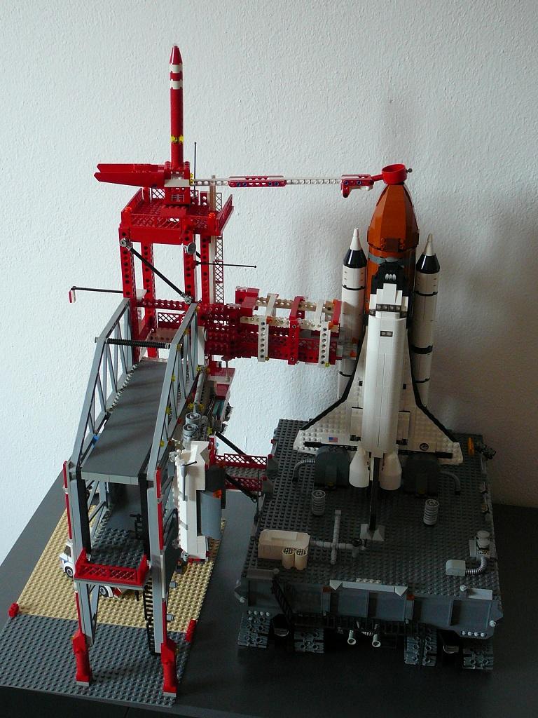 10213 Shuttle Adventure MOC