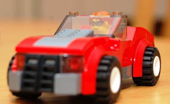 3648-lego-police-car-chase-15.JPG