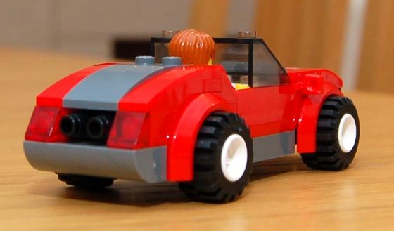 3648-lego-police-car-chase-17.JPG