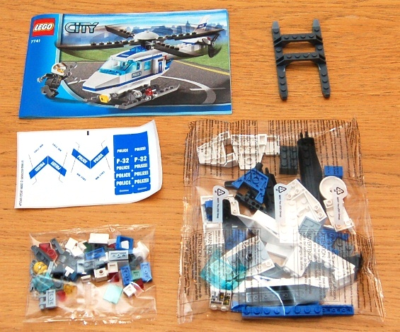 lego-7741-police-helicopter-03.JPG