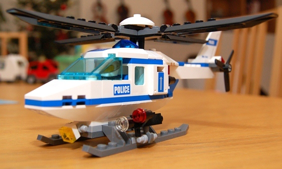 lego-7741-police-helicopter-08.JPG