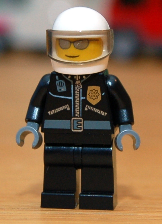 lego-7741-police-helicopter-09.JPG