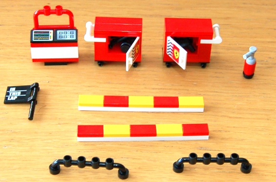 lego-8185-ferrari-truck-06.JPG