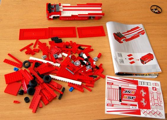 lego-8185-ferrari-truck-20.JPG