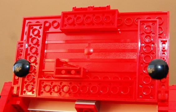 lego-8185-ferrari-truck-23.JPG