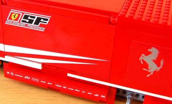 lego-8185-ferrari-truck-24.JPG