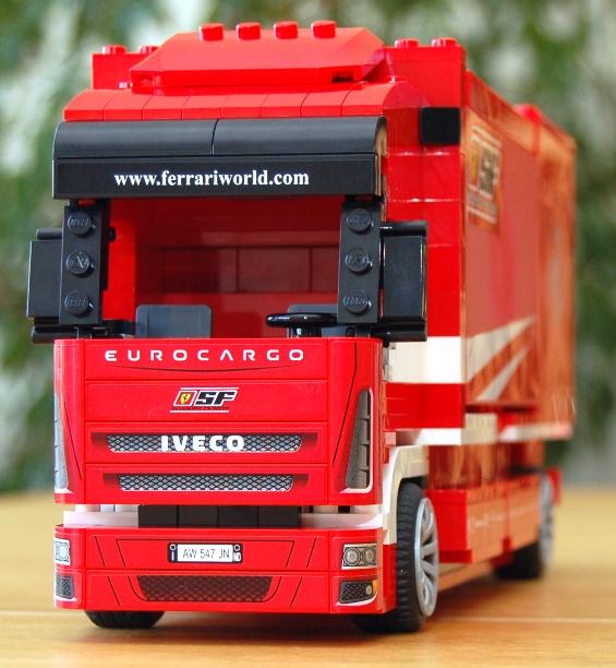 lego-8185-ferrari-truck-26.JPG