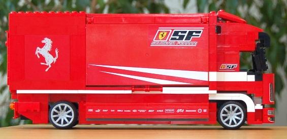 lego-8185-ferrari-truck-28.JPG
