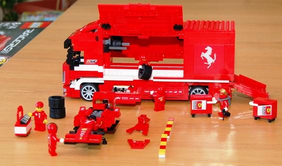 lego-8185-ferrari-truck-36.JPG