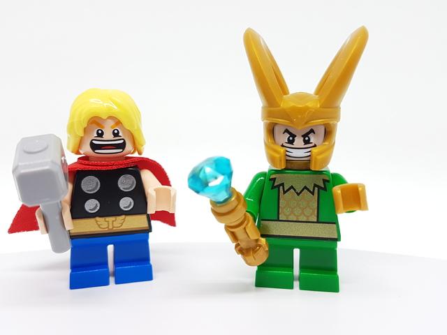 LEGO Mighty Micros: Thor és Loki összecsapása (76091) bemutató