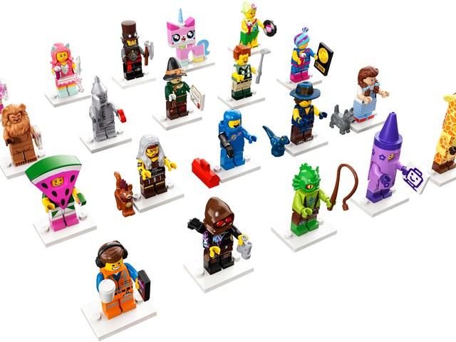"""""""Tapogatási"""" segédlet a LEGO Kaland 2 minifigura szériához"""