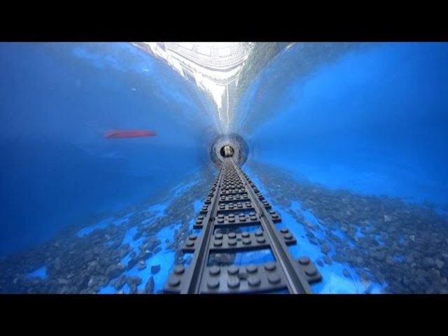 Lego vonat a víz alatt