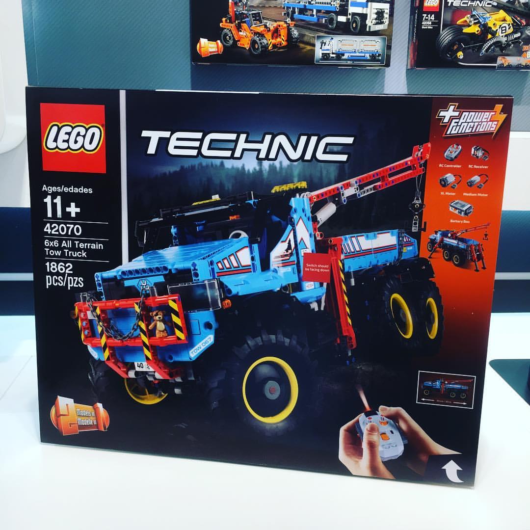 2017-lego-technic-6x6.jpg