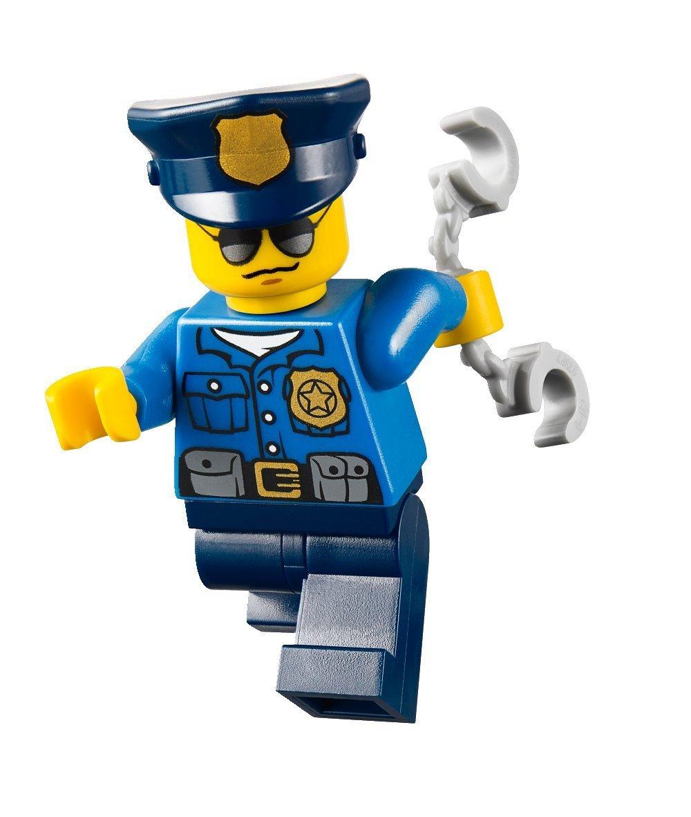 60042-officer.jpg