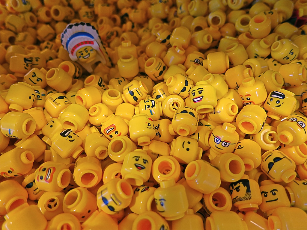 lego-fejek.jpg