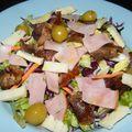 Sonkás-sajtos saláta