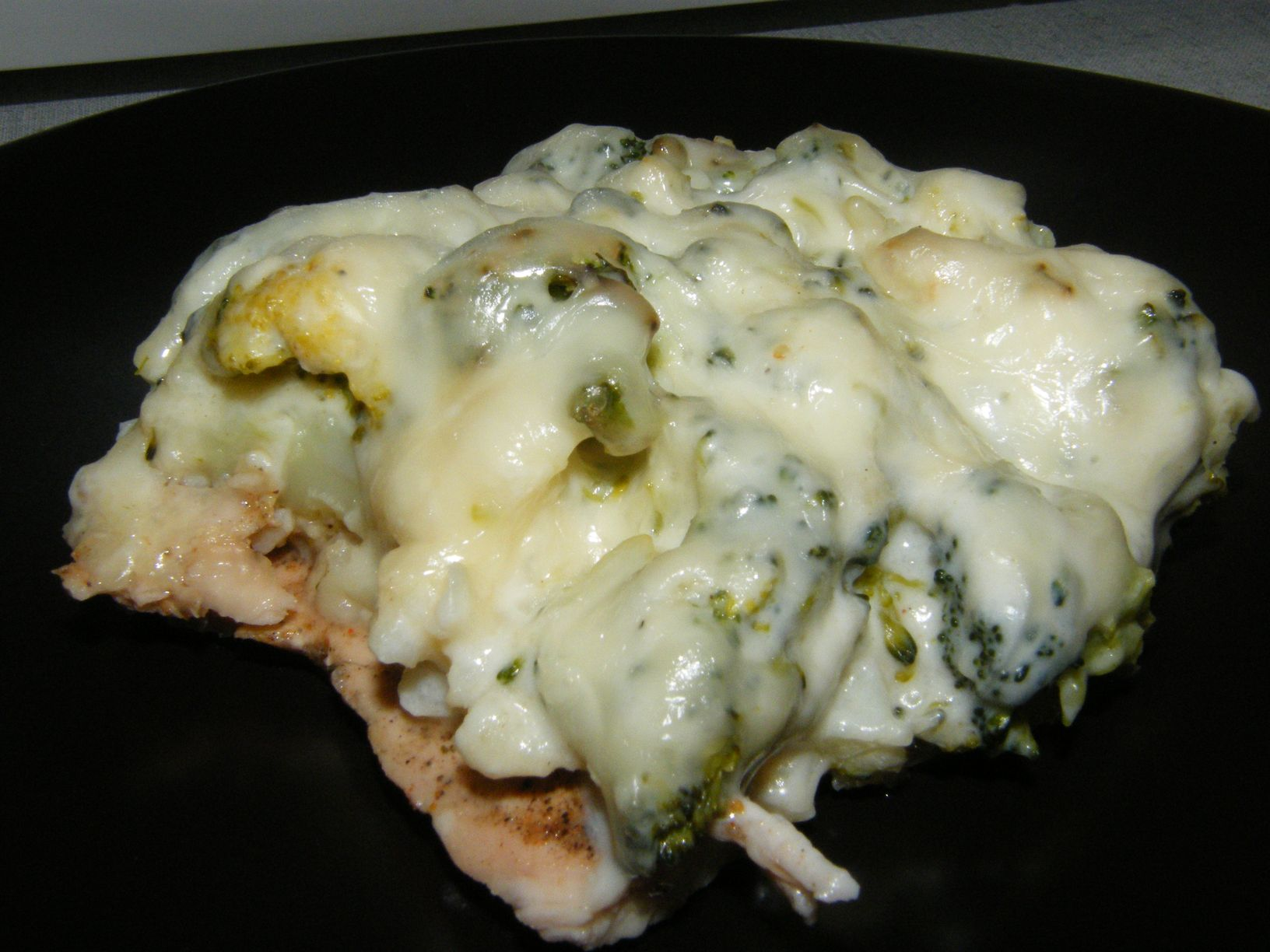 Brokkolis-karfiolos csirke sajtos besamel mártással (2).JPG