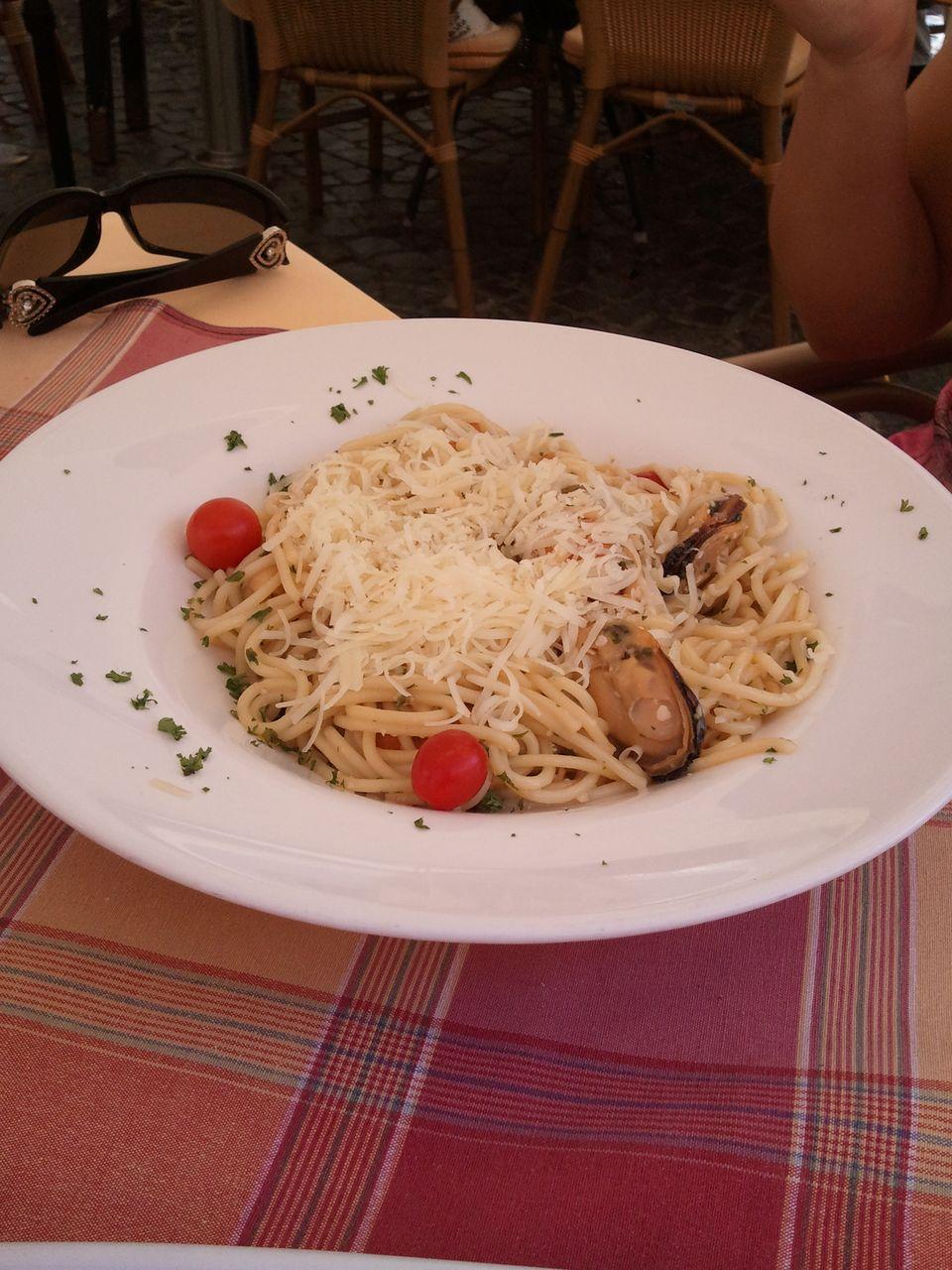Zöldkagylós spagetti fokhagymásan.jpg