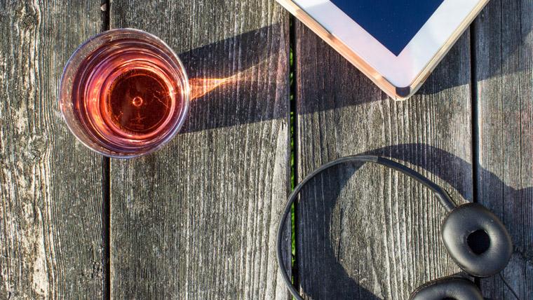 rose-wine-ipad-picnic-table.jpg