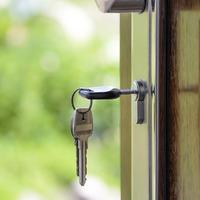 10 holtbiztos tipp, amivel jó áron adhatod el a lakásod