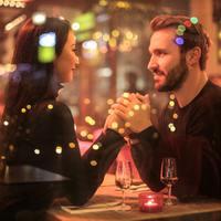 Az első randi 37 nélkülözhetetlen szabálya