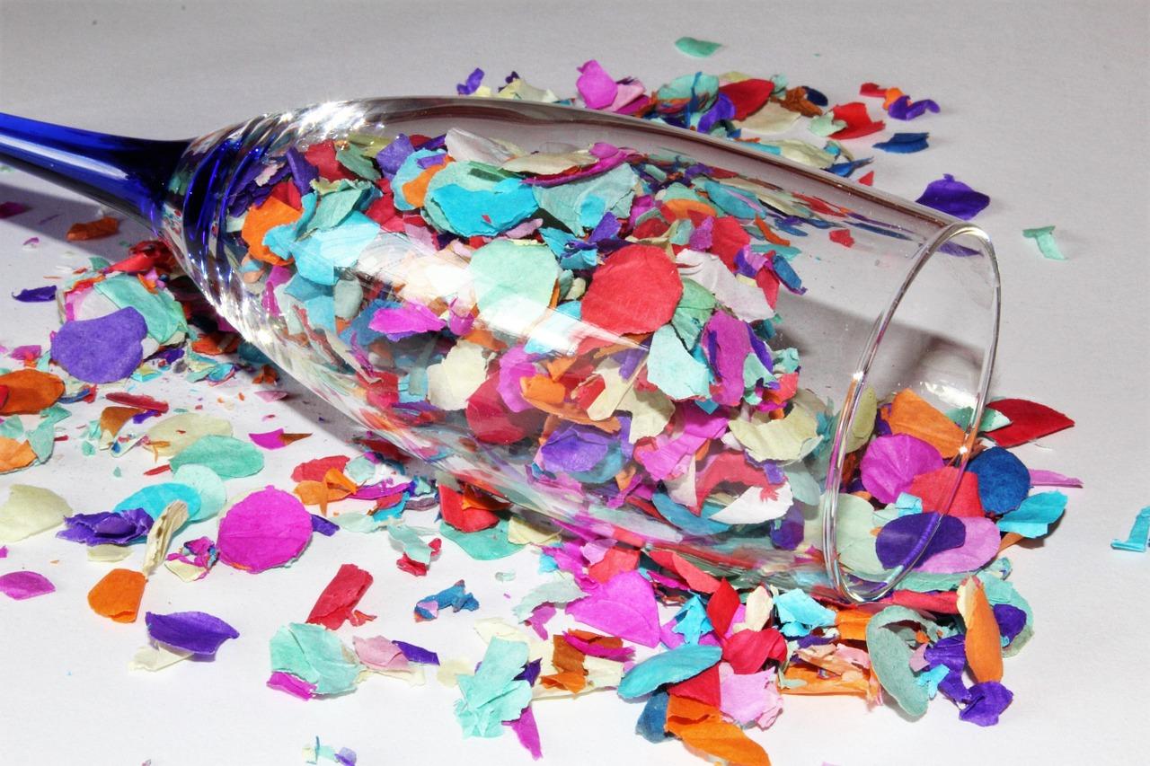 confetti-1155442_1280.jpg