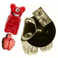 Lábköröm-Haribo, avagy így kúszott fel a seggembe egy anatómiailag korrekt gumimaci
