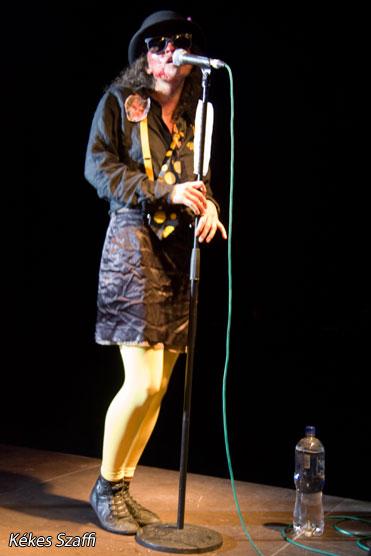 Voodoo Allen, Yellow Spots Fekete Zaj Fesztivál