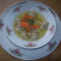 Birkamájgombóc leves