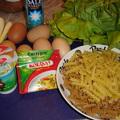 Currys-tojásos-újhagymás tészta