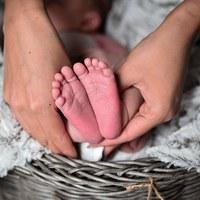 Új identitás szülés után