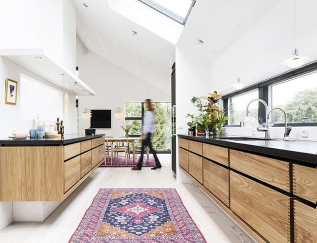 kilim-in-minimalist-kitchen.jpg