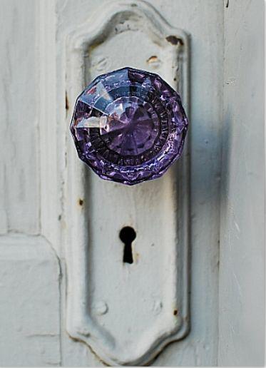konyhasziget_az_ev_szine_ultra_violet_4.jpg