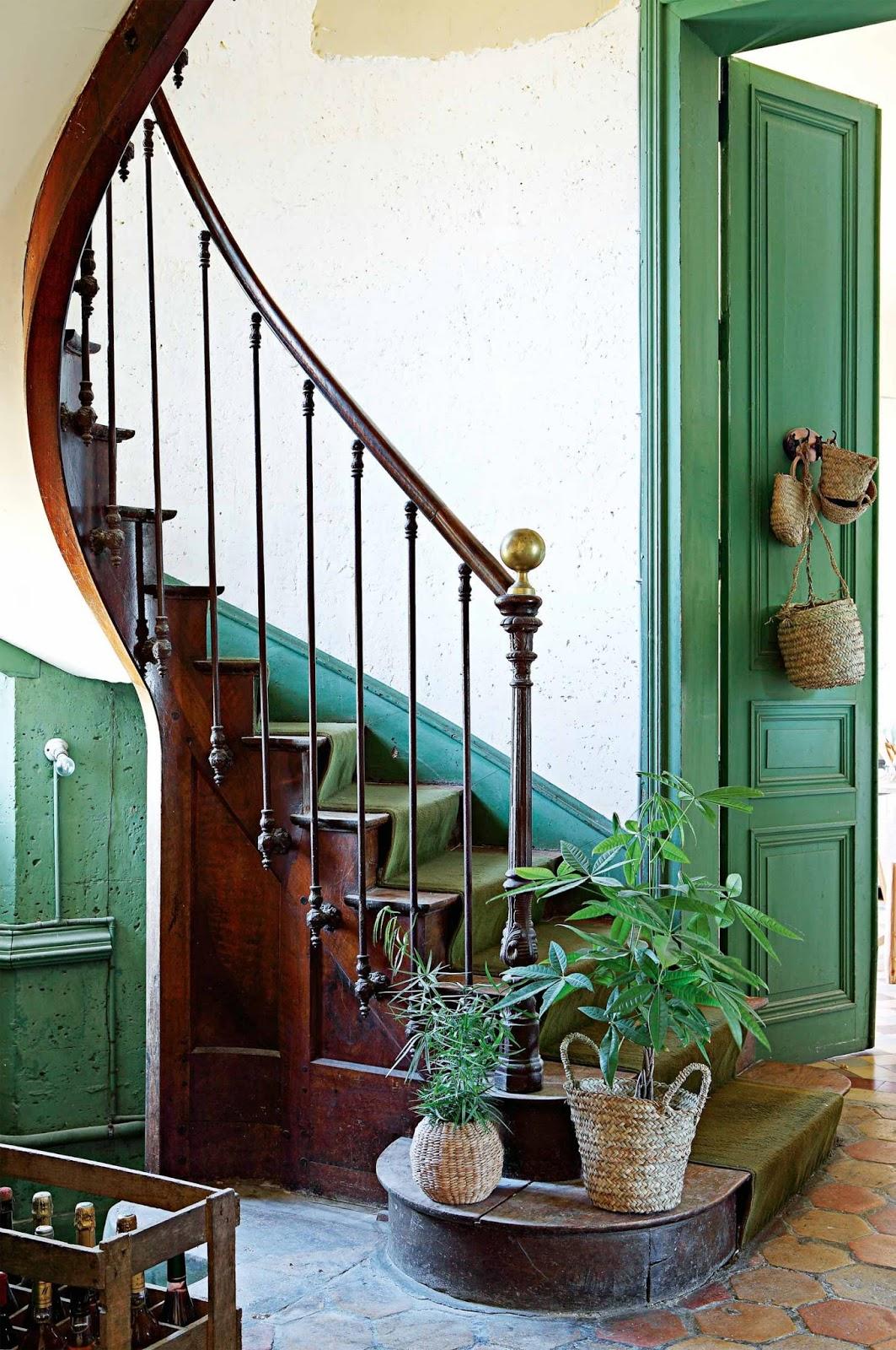 konyhasziget_francia_kastely_zold_felhangokkal_chateau-de-dirac_les-petites-emplettes_01_2.jpg