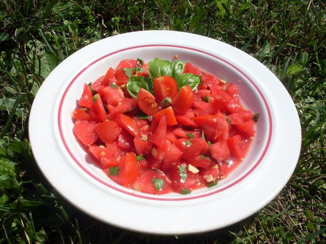 insalata-pomodoro-e-pistacchi.jpg