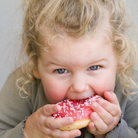 Gyermekkori elhízás - Kivédhető, tegyünk ellene!